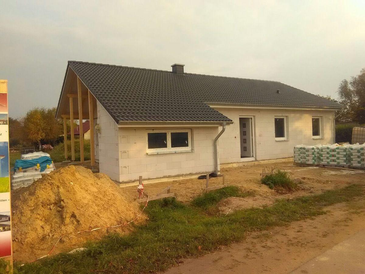 r gen neubau moderner bungalow inkl grundst ck nur wenige meter bis zum wasser richter. Black Bedroom Furniture Sets. Home Design Ideas